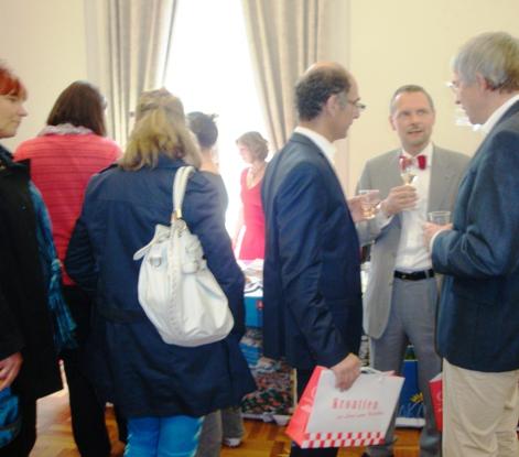 DKG im Gespräch mit Herrn Dr. Stephan Koppelberg, Leiter Vertretung der Europ. Kommission BN (Mitte) und Herrn C. Flasche , Europa Landesregierung NRW (links)